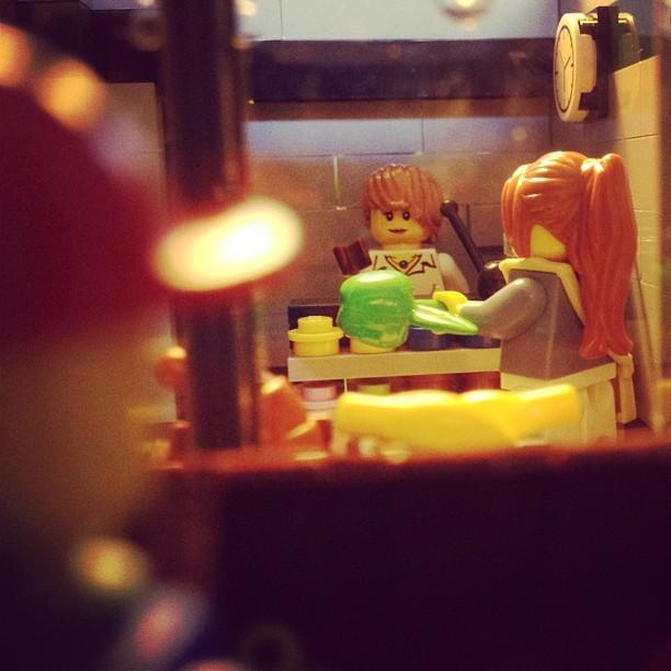 LegoGenre 00006: Grocery
