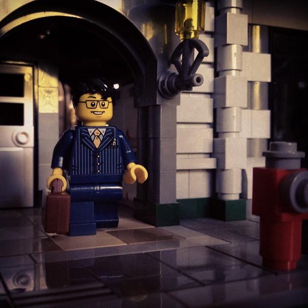 LegoGenre 00008: 9 to 5.