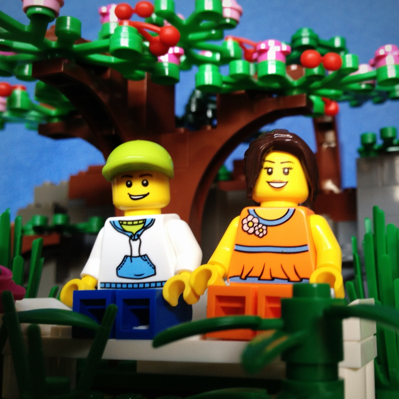 LegoGenre 00234: Spring Love.