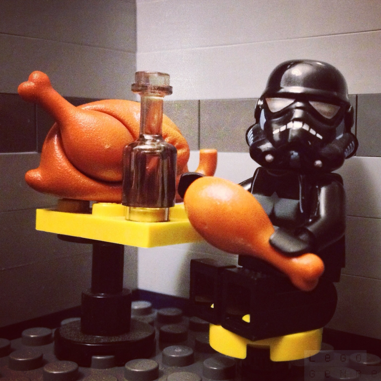 LegoGenre 00241: Dinner Time With Robert