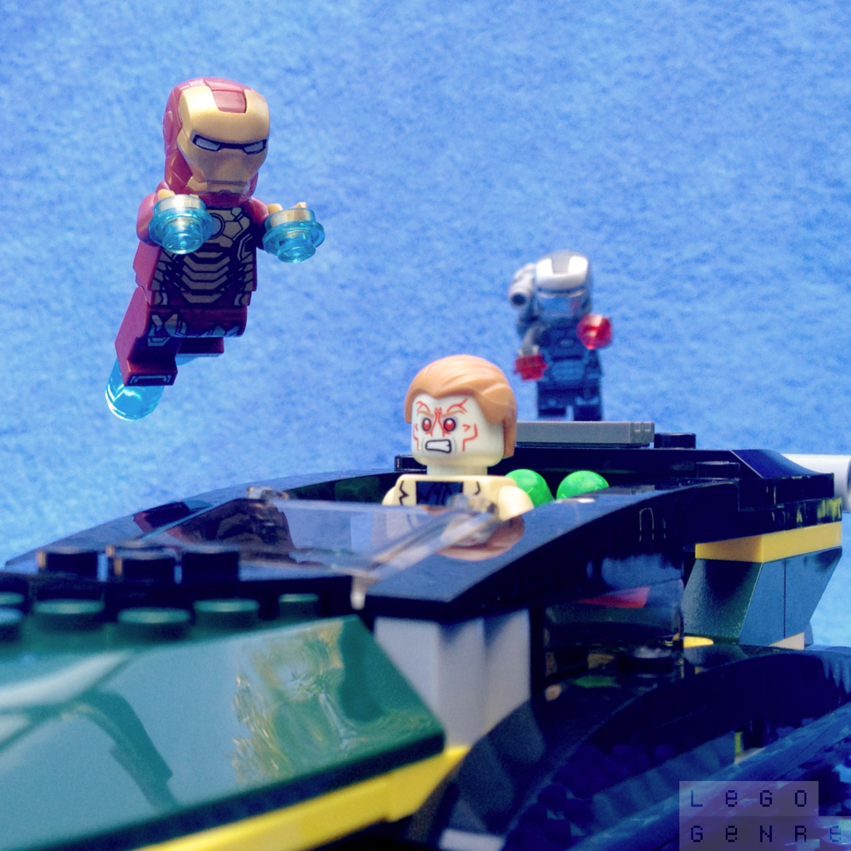 LegoGenre 00248: Iron Man: Extremis Sea Port Battle