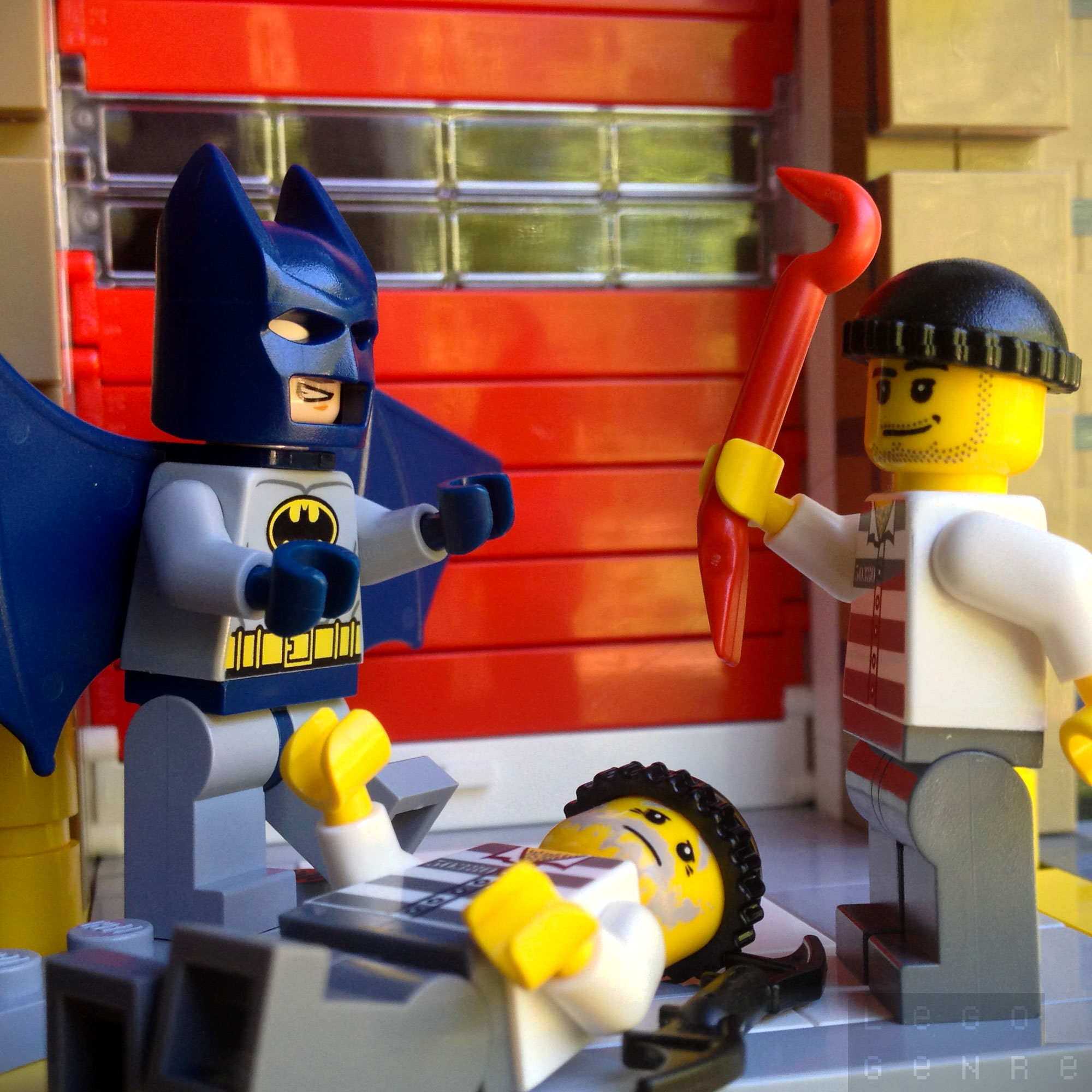 LegoGenre 00259: Batman Saves The Day