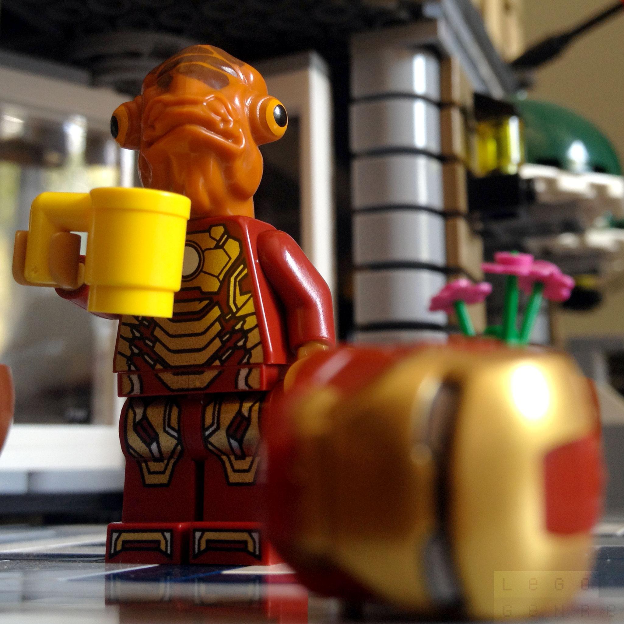 LegoGenre 00251: Iron Mon Calamari