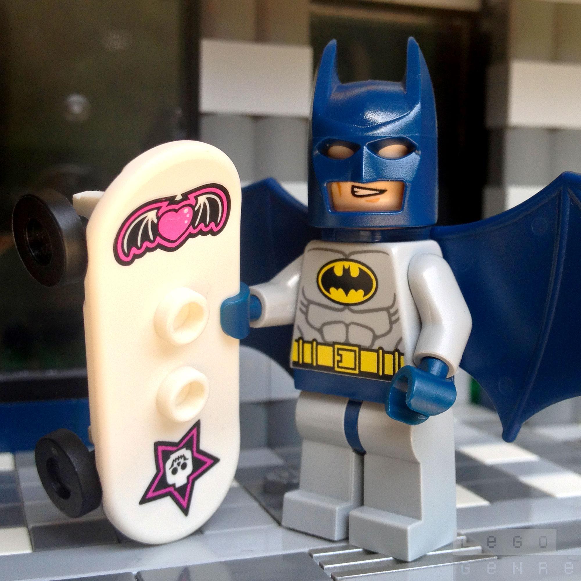 LegoGenre: The Batmobile Lost Its Wheel