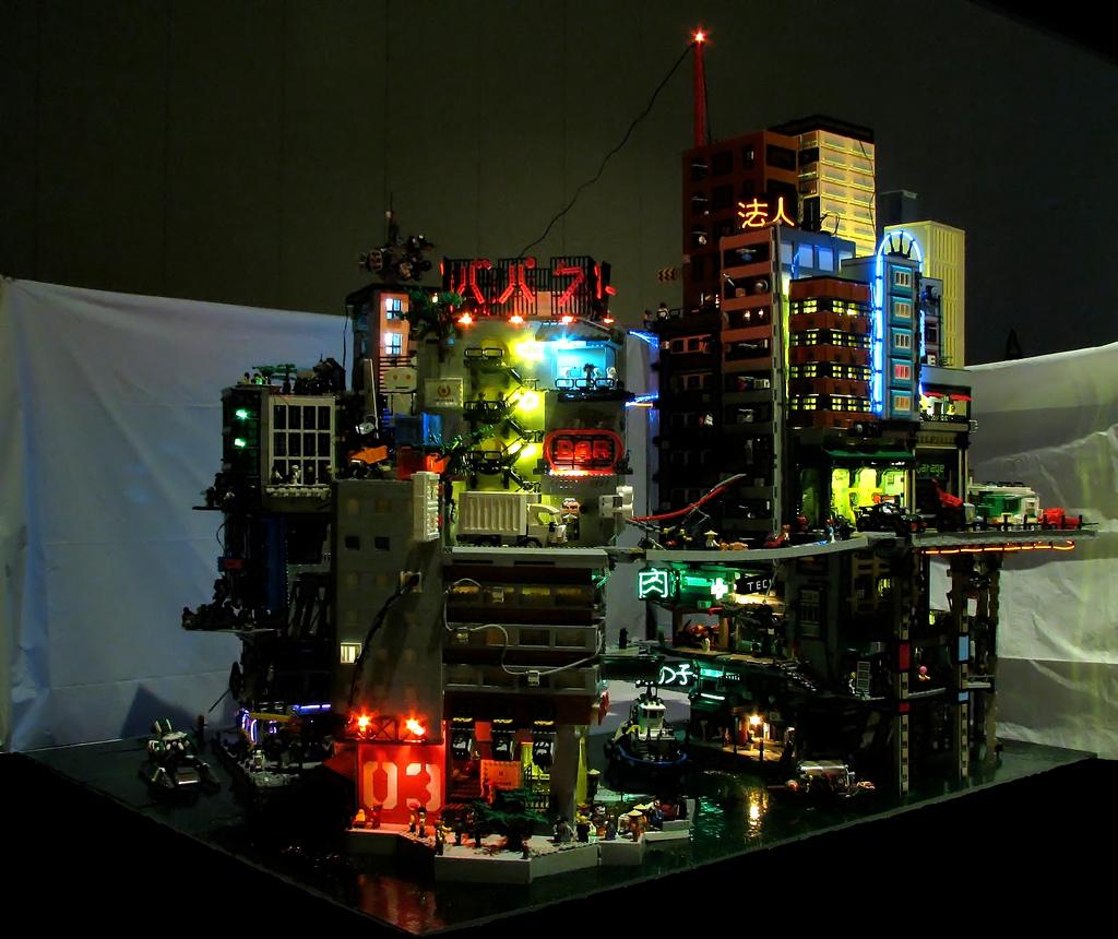 Carter Baldwin's Cyberpocalypse A Lego Cyberpunk City 1