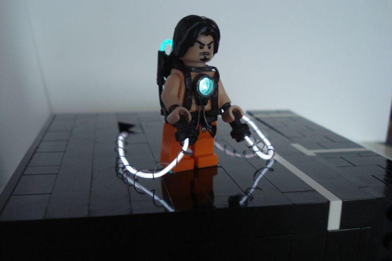 Dawn of the Brick's Lego Iron Man 2 Whiplash 2