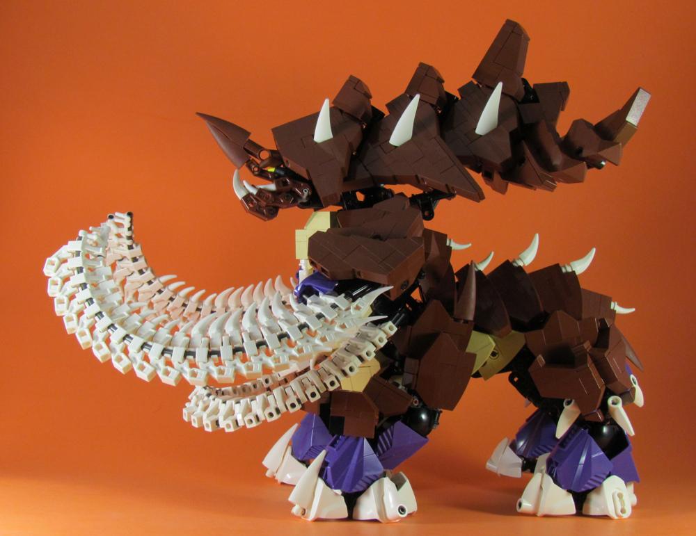 retinence's Lego StarCraft Ultralisk Side