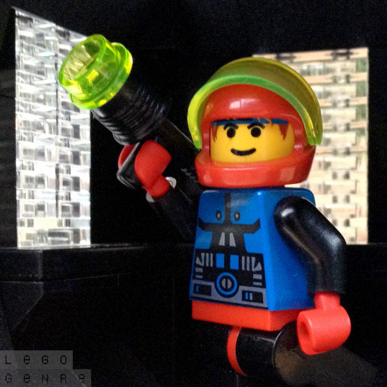 LegoGenre 00285: Spyrius Astronaut