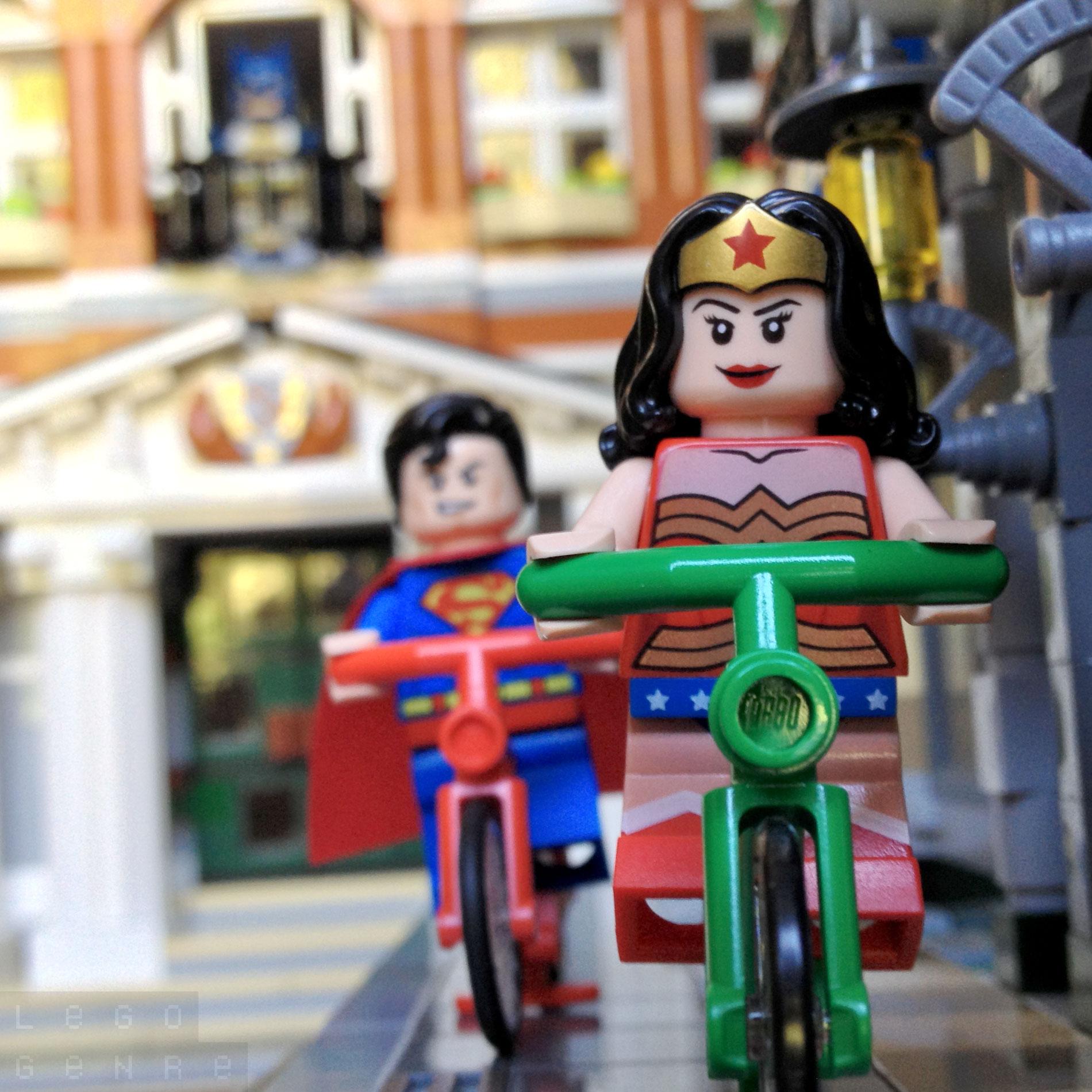 LegoGenre 00279: Super Best Friends