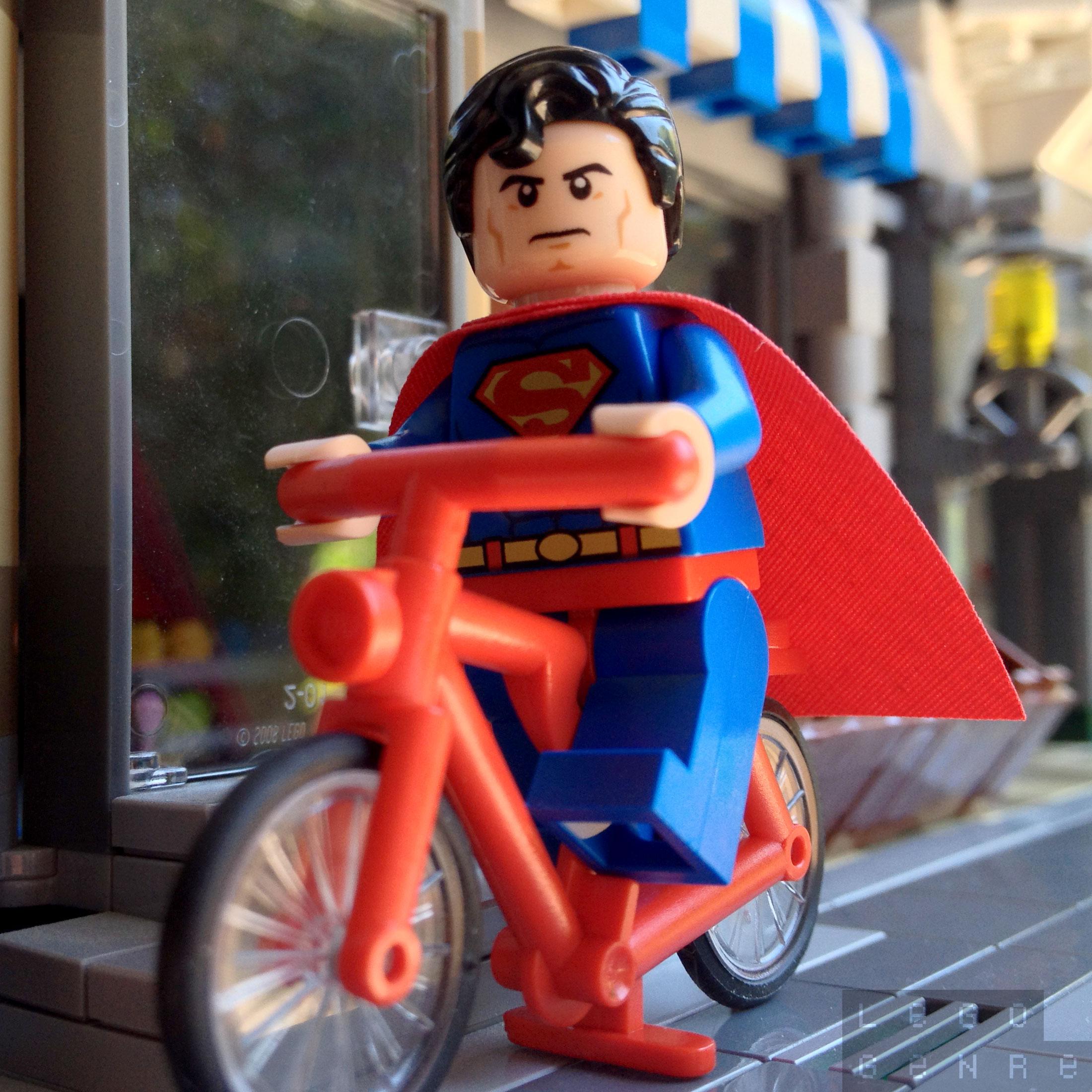 LegoGenre 00278: Superman's Superbike