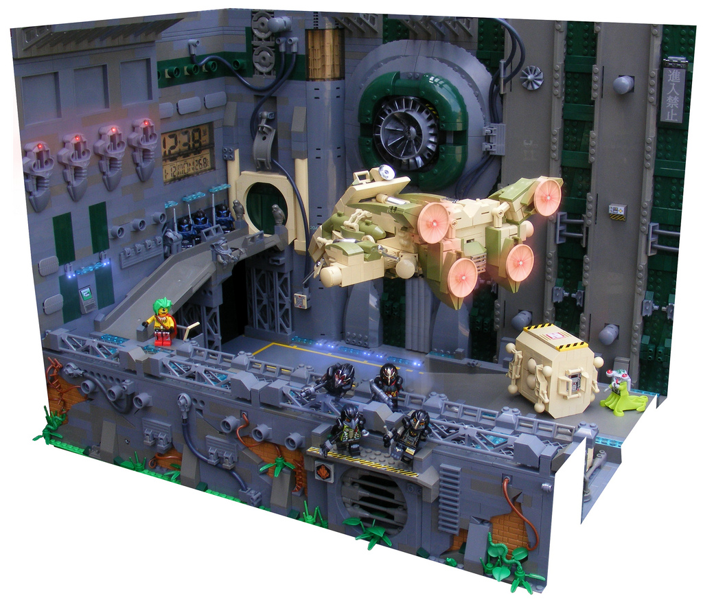 Raoulosos' Lego Hanger 6