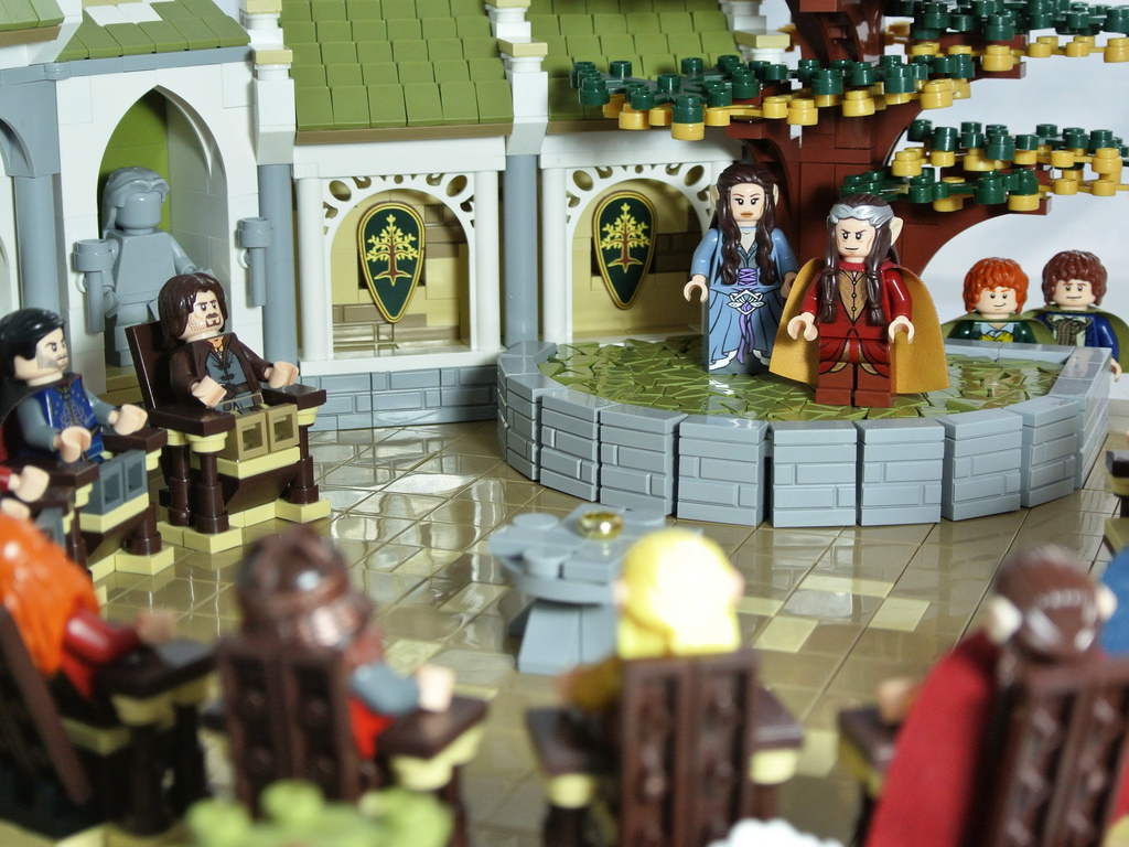 Disco86's The Lord Of The Rings, The Council Of Elrond in Lego 02