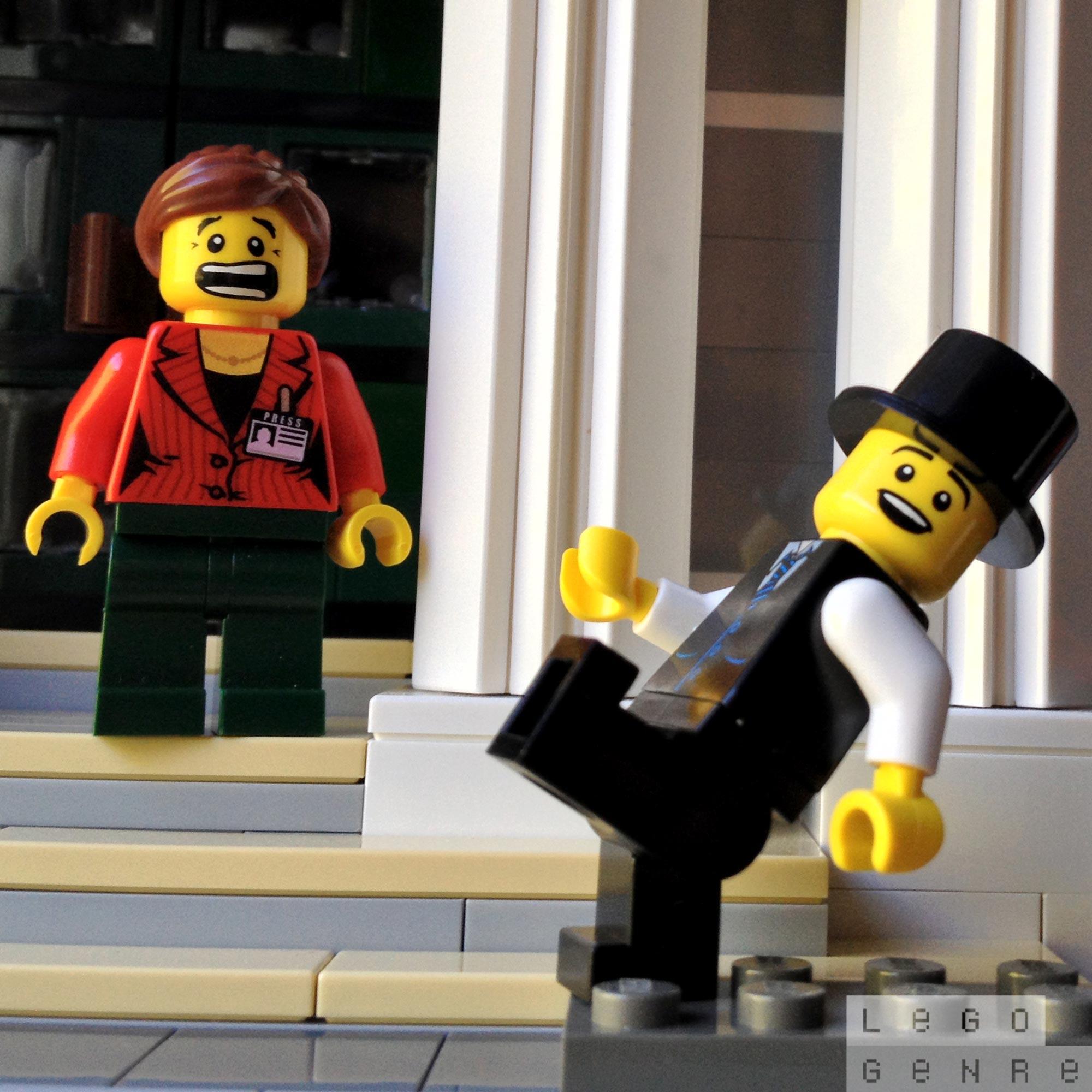 LegoGenre 00296: Silly Walk