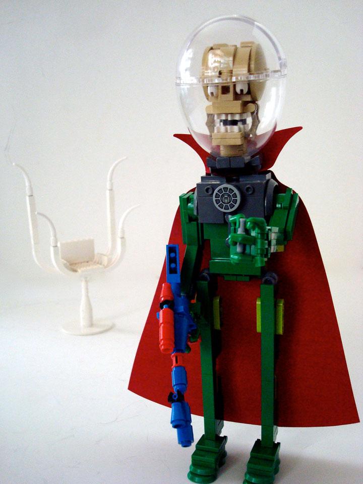 Lino M's Lego Mars Attacks Alien Ambassador