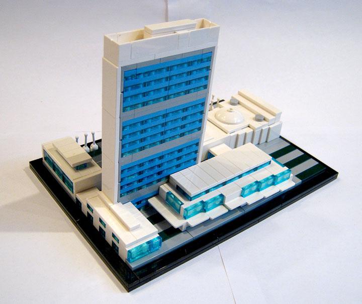Brickbuilder0937's United Nations Headquarters Review 03