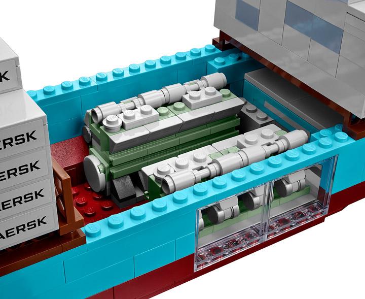 Lego Maersk Line Triple-E 10241 Engines