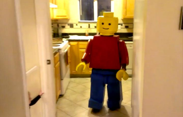 Halloween Lego Minifigure Costume & The (best?) Homemade Halloween Lego Minifigure Costume!