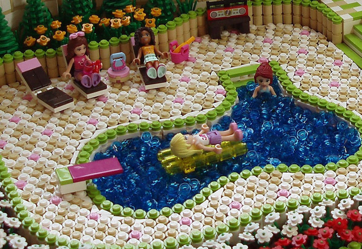 eilonwy77's Lego Friends Pool Party 02