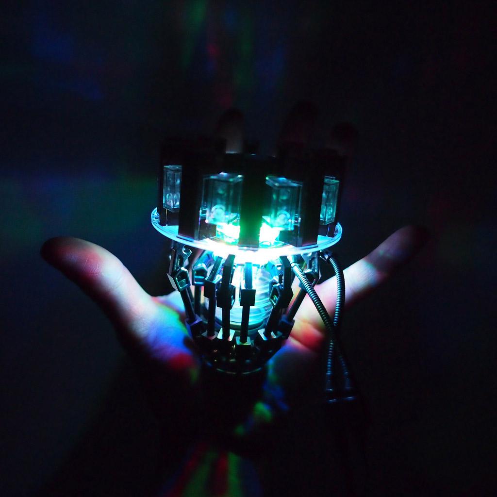 MrAttacki's Lego Iron Man Arc Reactor Dark