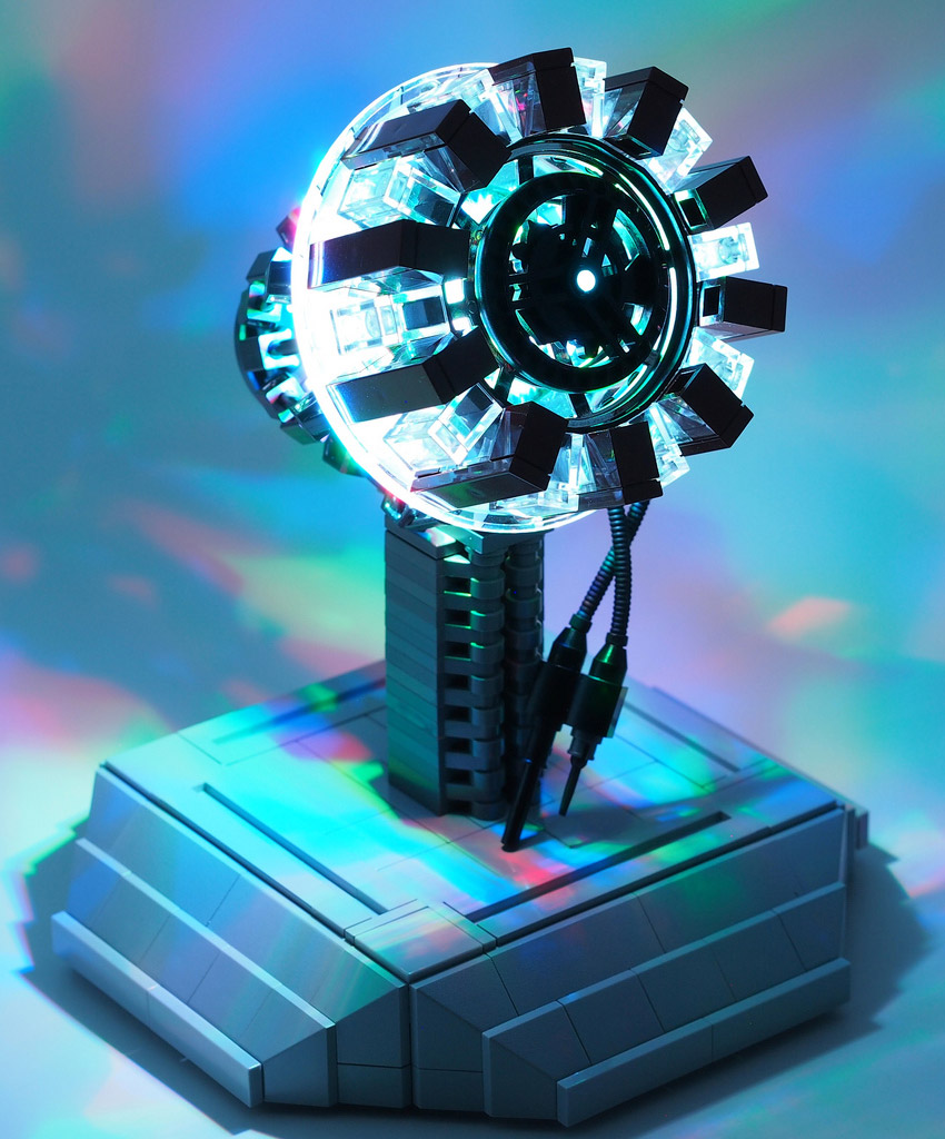 MrAttacki's Lego Iron Man Arc Reactor Lights