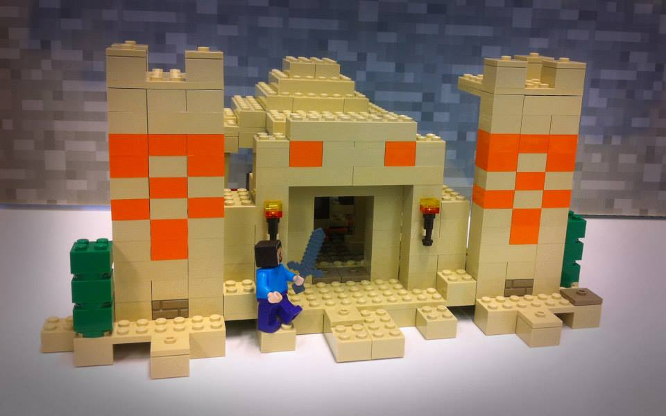 Lego Minecraft Co-build Sand