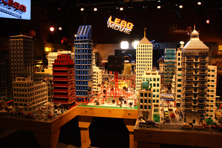 Finns Basement, The Lego Movie Set, City