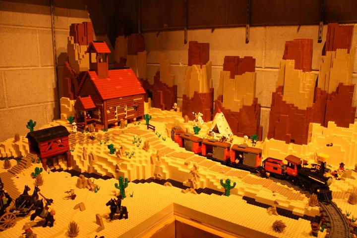 Finn's Basement, The Lego Movie, Wild West