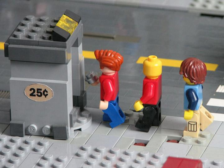 PepaQuin's Lego Futurama The World of Tomorrow. Fry.