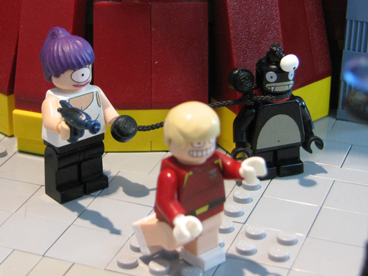 PepaQuin's Lego Futurama The World of Tomorrow. Leela, Nibbler, Zapp.