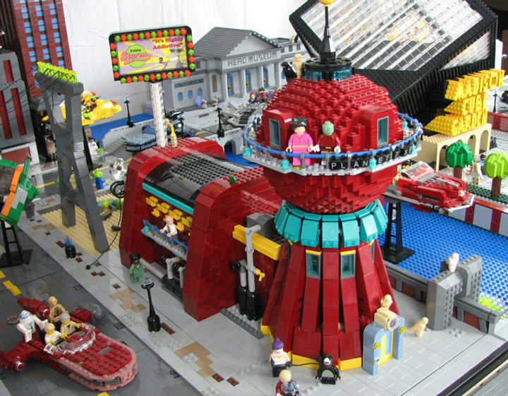 PepaQuin's Lego Futurama: The World of Tomorrow. Planet Express.