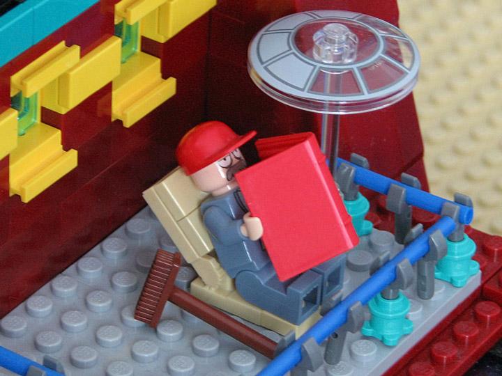 PepaQuin's Lego Futurama The World of Tomorrow. Scruffy.