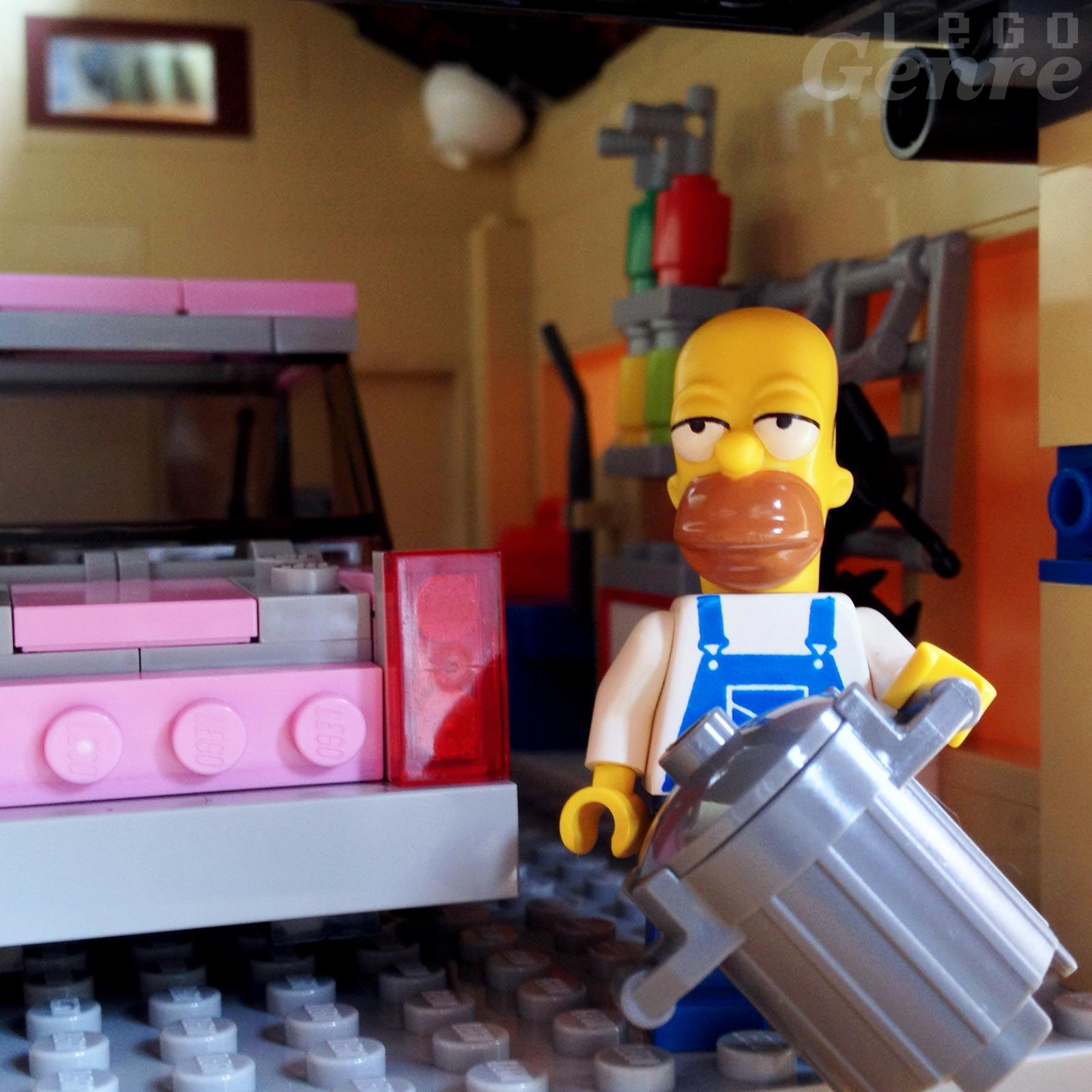 LegoGenre 00366: The Garbage Man Can
