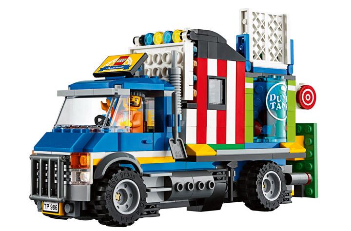 Lego Fairground Mixer 10244 Trucks