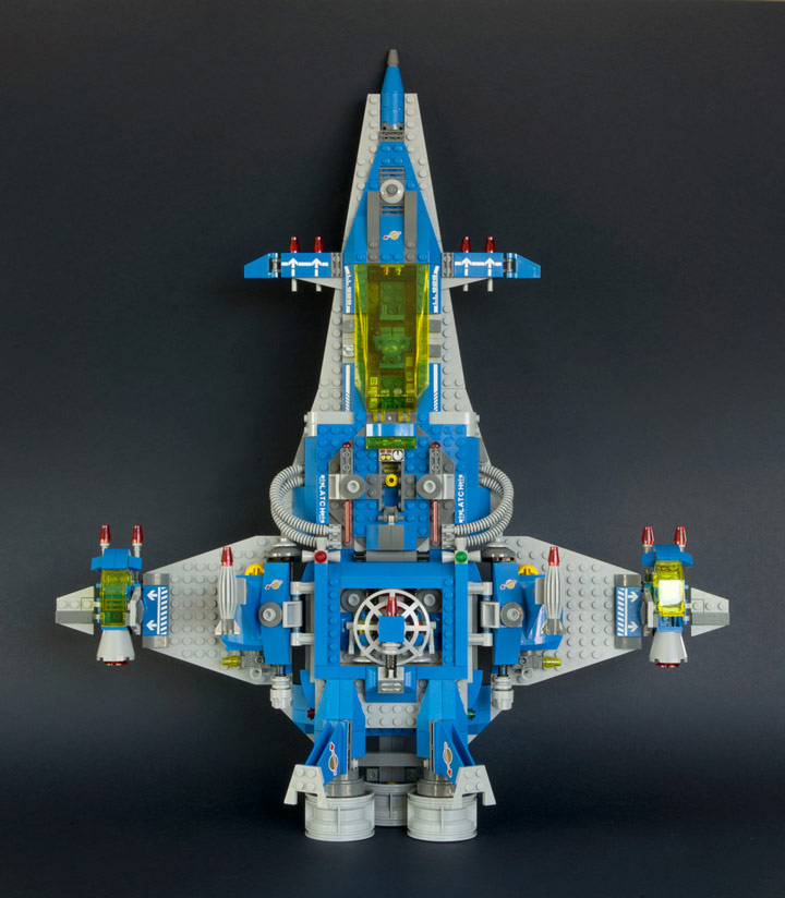 New Elementary's Lego Benny Spaceship Top View 70816 Review