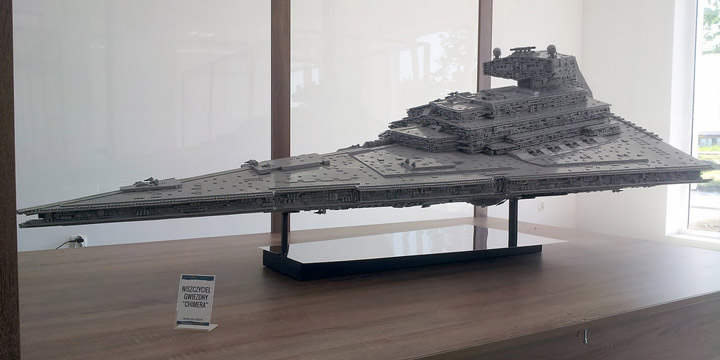 Jerac's Lego Star Wars Star Destroyer Display