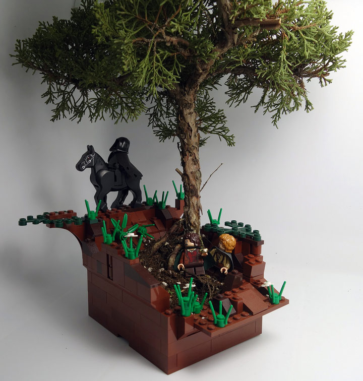 Jin Kai Soo's The Lord Of The Rings Lego Flower Pot