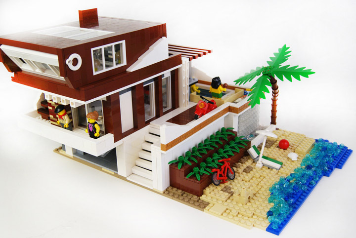 zaberca's Lego Beach House 2