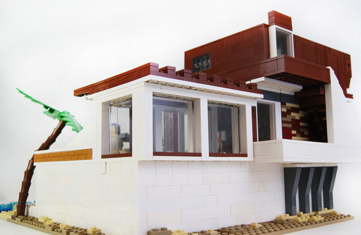 zaberca's Lego Beach House 2 Back