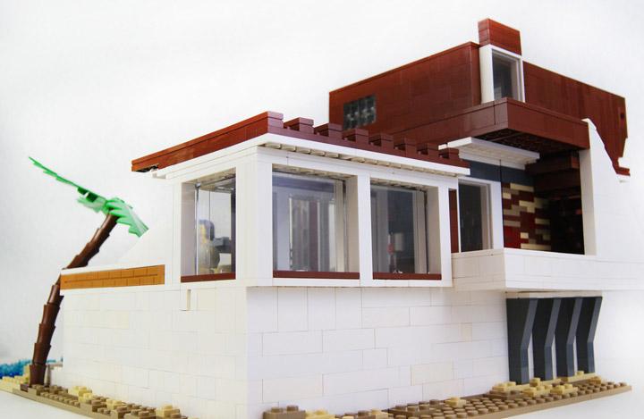 zaberca's Lego Beach House 2 Back