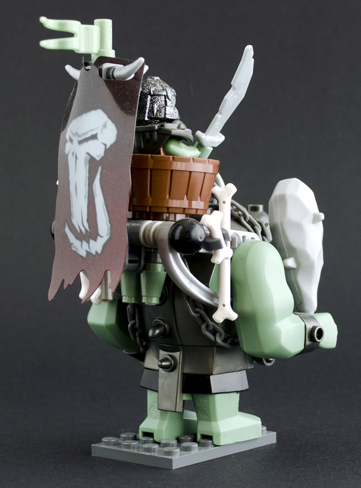 Slamaskin's Lego Troll: Grogmar Trollmaster Backside