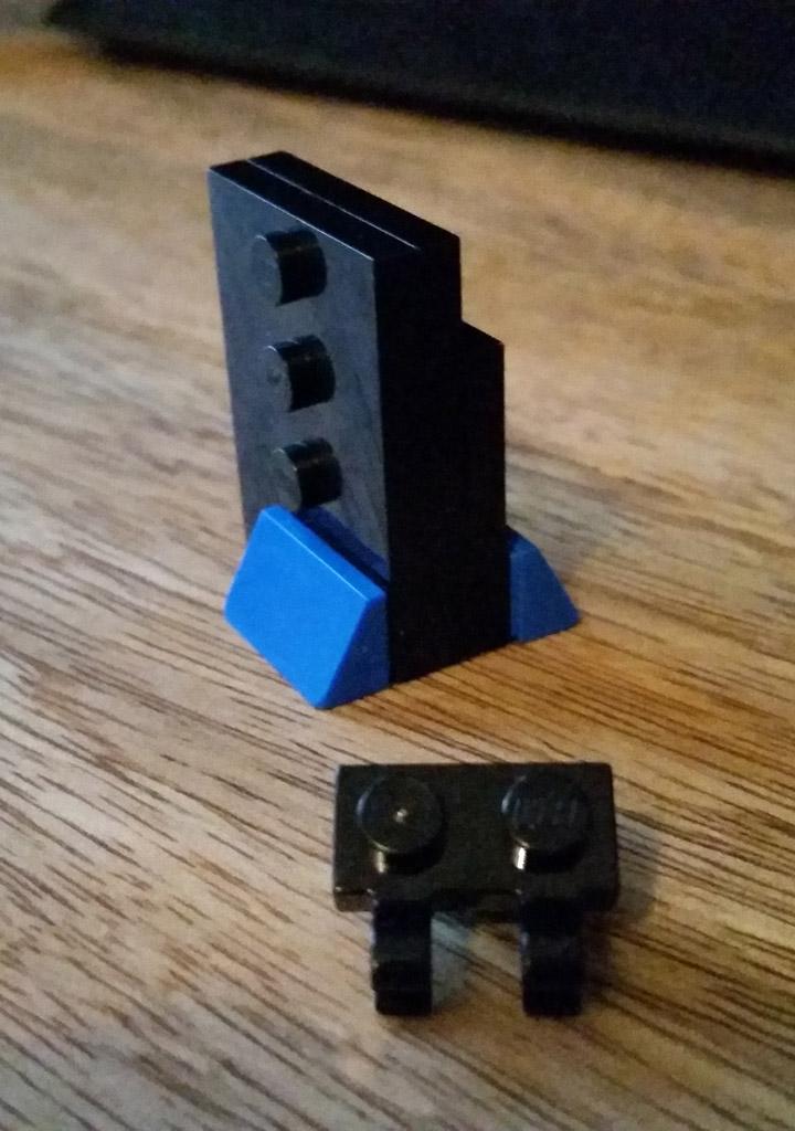 kelseybuildslego's Lego Playstation 2 Microbuild