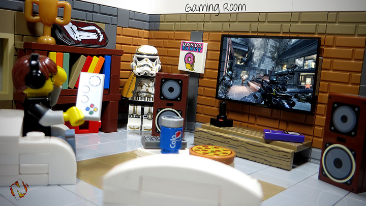 Alex Nidhogg's Awesome Lego Gaming Room, Call of Duty