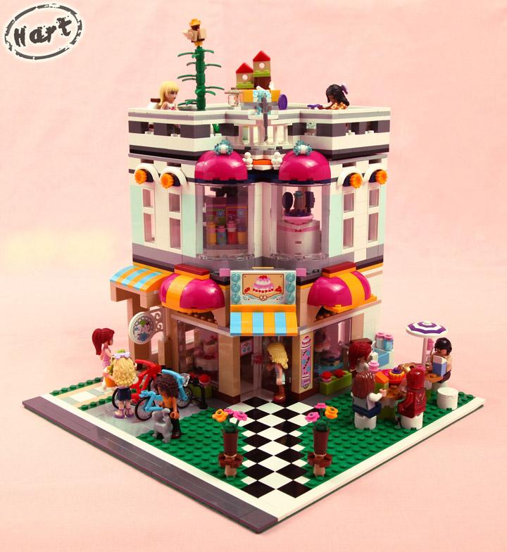 Hartinih Liauw's Lego Friends Corner