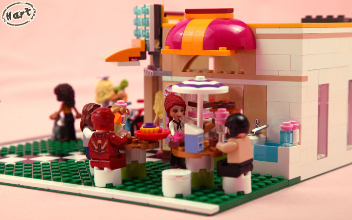 Hartinih Liauw's Lego Friends Corner Rooftop Bakery