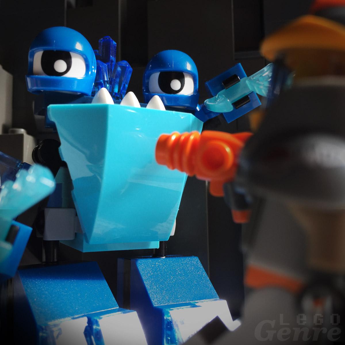 LegoGenre: Blue vs Orange