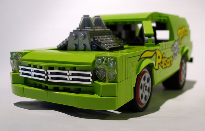 Nathan Proudlove's Lego Poison Pinto Grill
