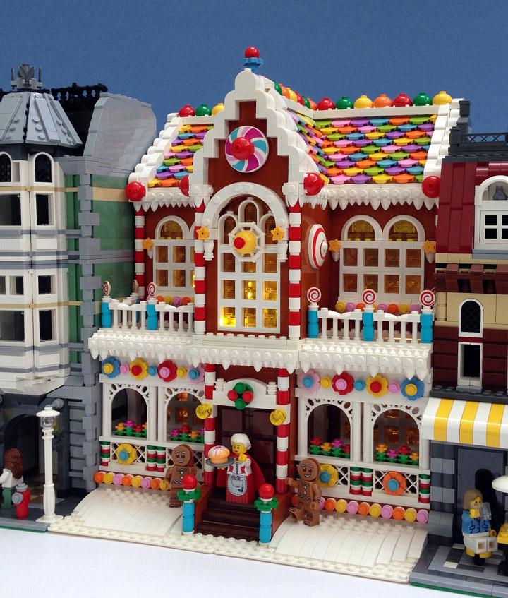 Parks and Wrecked Creations, Lego Gingerbread House, Modular Building Street
