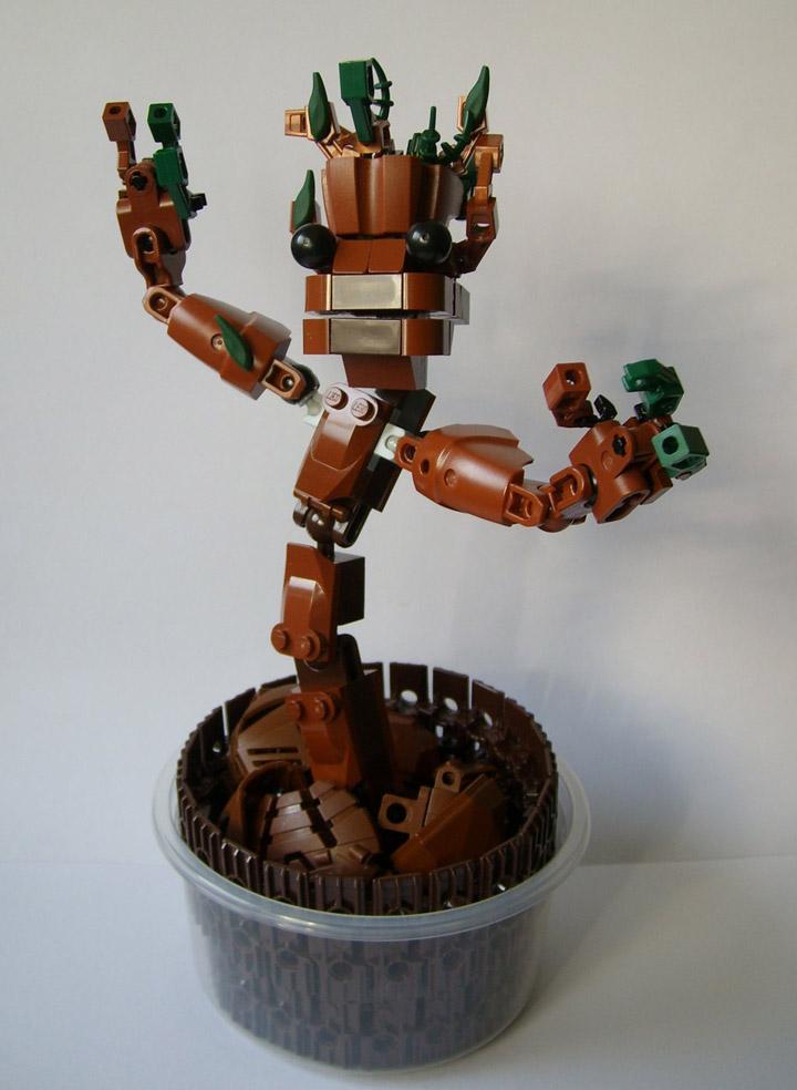 Sparkytron's Lego Groot