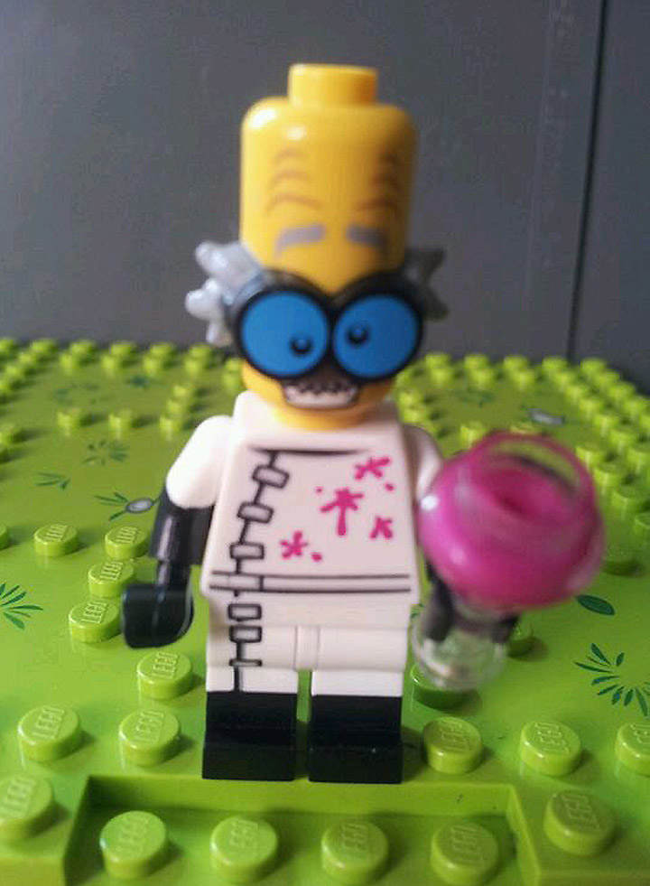 Lego Collectible Minifigures Series 14, Mad Scientist Leaked Images