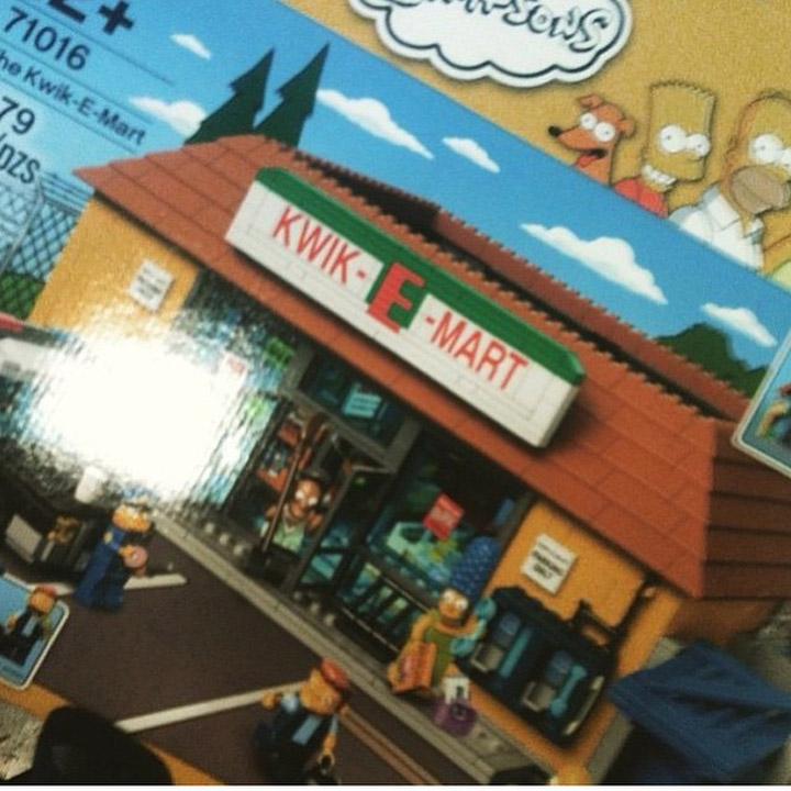 jcbricks's Lego Simpsons Kwik-E-Mart Leaked